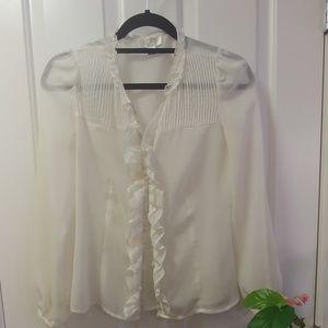 🐧3/$25 ivory Loft sheer blouse